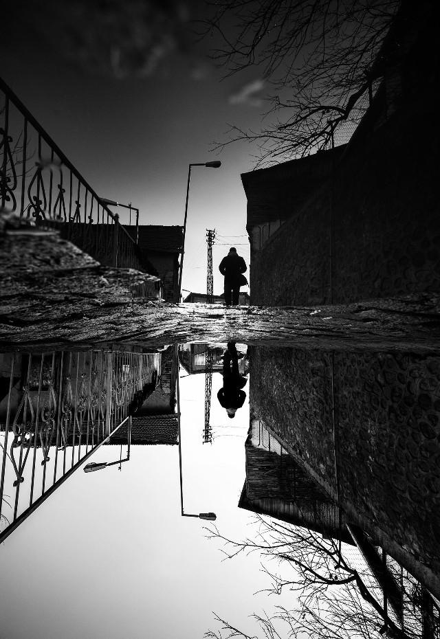 #blackandwhite #black&white #black #bw #bnw #reflection #street #streetphotography #streetart #people #human #picsart #FreeToEdit