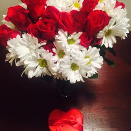 dpchearts hubbylovesme valentinesday2017 redroses chocholates freetoedit